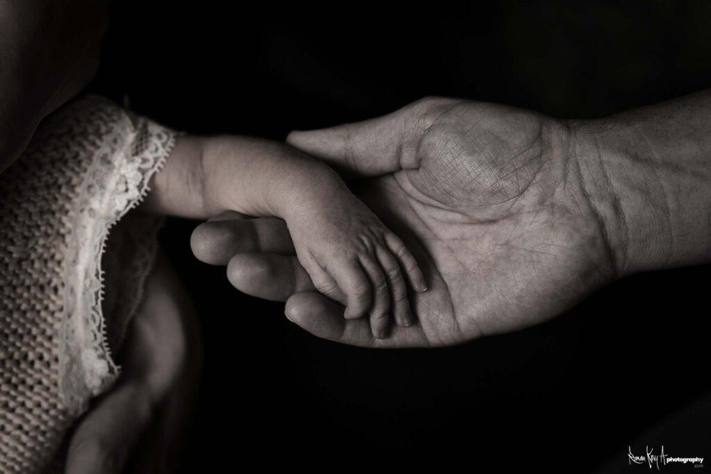 Newborn Shooting, Baby Shooting, Neugeborenenfotografie - Foto: Roman Koryzna / Roman Kory A Photography © 2021