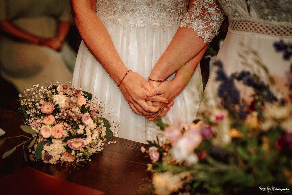 Hochzeit auf dem Höllberghof in Langengrassau. Juli 2021. Foto: Roman Koryzna / Roman Kory A Photography. © 2021.